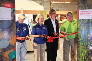 Cutting the ribbon on the DuPont Food Pavilion at the Indiana State Fair