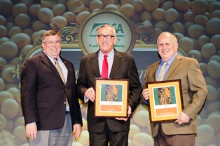 Illinois soybean leaders recognized during Commodity Classic.