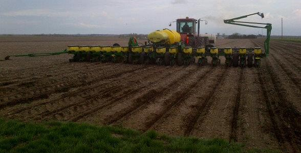 Planting near Murdock, NE May 9, 2013. Photo courtesy of Matt Dolch, Sales Representative, Dealer Channel at Syngenta Seeds