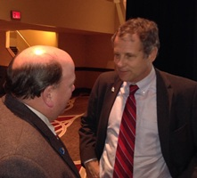 Sen. Brown talks with OFBF member_web