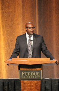 McDonald's president and CEO Don Thompson speaks at the 2014 Purdue Ag Alumni Fish Fry.