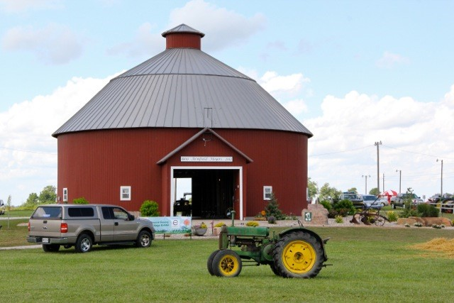 Connecting the consumer to agriculture brownfield ag news for Howard county craft fair
